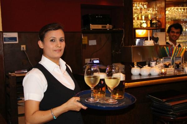 alkohol-dienst-restaurant-yak und yeti