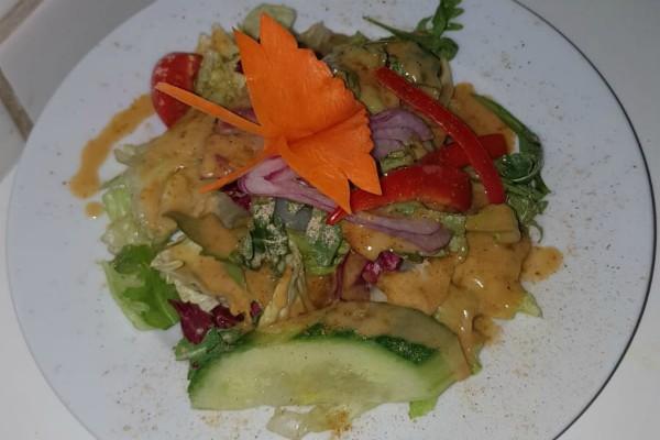 salat-yakundyeti-restaurant